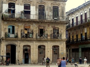 Dangerous buildings Old Havana