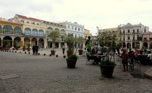 Plaza Vieja Bars and restaurants old havana